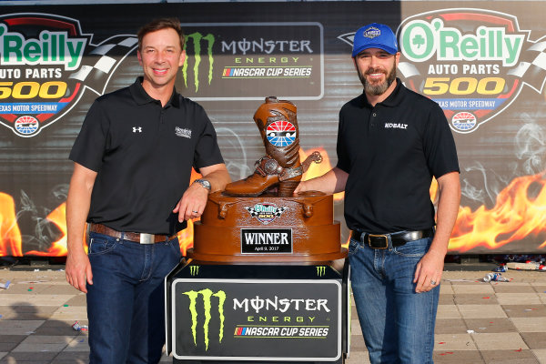 2017 Monster Energy NASCAR Cup Series O'Reilly Auto Parts 500 Texas Motor Speedway, Fort Worth, TX USA Sunday 9 April 2017 Jimmie Johnson celebrates in victory lane  World Copyright: Russell LaBounty/LAT Images ref: Digital Image 17TEX1rl_5481