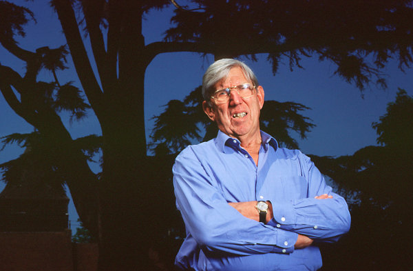 1998 West Clandon SurreyMay 1998Ken Tyrrell at home in West Clandon, PortraitWorld Copyright - LAT Photographic
