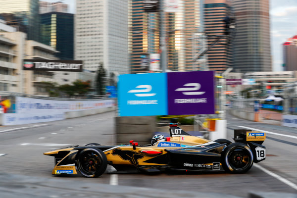 2017/2018 FIA Formula E Championship. Round 1 - Hong Kong, China. Saturday 02 December 2017. Andre Lotterer (BEL), TECHEETAH, Renault Z.E. 17. Photo: Sam Bloxham/LAT/Formula E ref: Digital Image _W6I5475