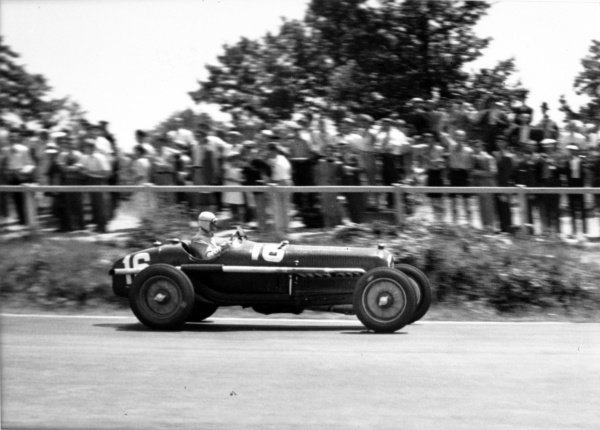 """1935 French Grand Prix Montlhery, France. 23 June 1935 Louis Chiron, Alfa Romeo Tipo-B """"P3"""", retired, action World Copyright: Robert Fellowes/LAT PhotographicRef: 35FRA08"""