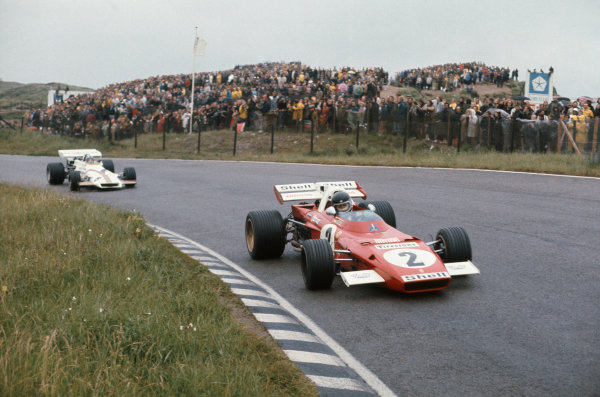 1971 Dutch Grand Prix.  Zandvoort, Holland. 18-20th June 1971.  Jacky Ickx, Ferrari 312B2, 1st position, leads Pedro Rodriguez, BRM P160, 2nd position.  Ref: 71HOL09. World Copyright: LAT Photographic