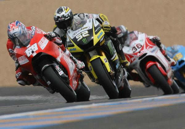 Le Mans, France. 16th - 17th May 2009.Nicky Hayden Ducati Marlboro Team battles with James Toseland Monster Yamaha Tech 3.World Copyright: Martin Heath/LAT Photographicref: BPI_Moto 8a6f