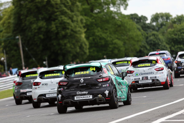 2017 Renault Clio Cup, Oulton Park, 20th-21st May 2017, Start of the race World copyright. JEP/LAT Images