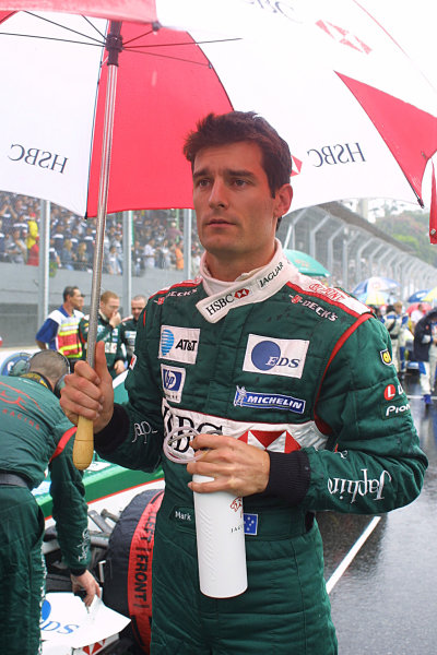 2003 Brazilian Grand Prix. Interlagos, Sao Paulo, Brazil.4-6 April 2003.Mark Webber (Jaguar) waits before starting 3rd on the grid.World Copyright - LAT Photographic ref: Digital Image Only