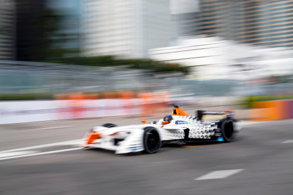 FIA Formula E Hong Kong e-Prix. First Practice Session. Loic Duval (FRA), Dragon Racing, Spark-Penske, Penske 701-EV. Hong Kong Harbour, Hong Kong, Asia. Sunday 9 October 2016. Photo: Adam Warner / FE / LAT ref: Digital Image _L5R7455