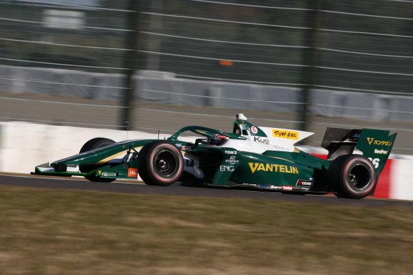 Kazuki Nakajima ( #36 VANTELIN TEAM TOM'S ), Dallara SF Toyota, 2nd position, round in five. Photo: Yukio Yoshimi