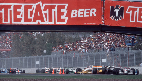 2001 CART Monterrey MexicoKenny Brack leads through the first corner. 47 MB FILE.-2001, Phil Abbott, USALAT PHOTOGRAPHIC