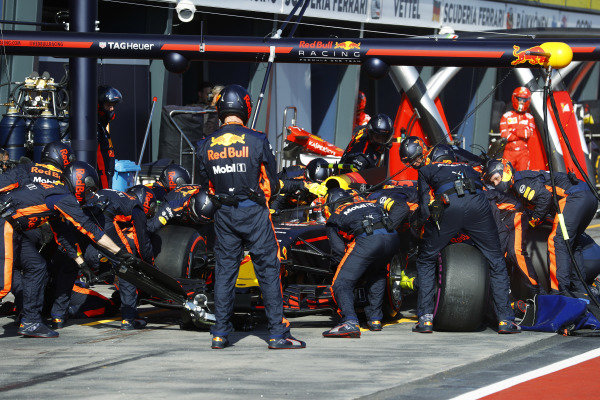 Max Verstappen (NED) Red Bull Racing RB13 pit stop at Formula One World Championship, Rd1, Australian Grand Prix, Race, Albert Park, Melbourne, Australia, Sunday 26 March 2017.
