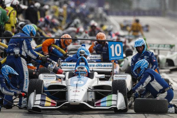 Felix Rosenqvist, Chip Ganassi Racing Honda pit stop
