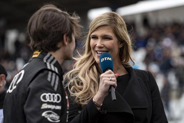 Verena Wried talks with Pietro Fittipaldi, Audi Sport Team WRT