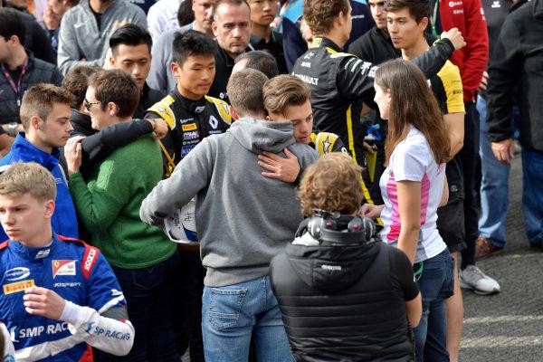 Brother of Anthoine Hubert (FRA, BWT ARDEN), hugs Max Fewtrell (GBR) ART Grand Prix