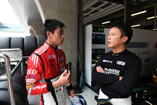 Thong Wei Fung (Shaun) (HK) Audi TEDA Racing Team chats with Marchy Lee (HK) Audi Hong Kong at Audi R8 LMS Cup, Rd7 and Rd8, Shanghai, China, 8-10 September 2017.