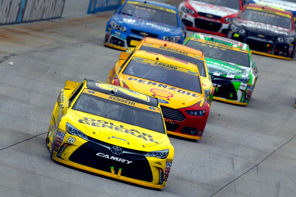 2-4 October, 2015, Dover, Delaware USA Matt Kenseth, Dollar General Toyota Camry and Joey Logano ?2015, Russell LaBounty LAT Photo USA