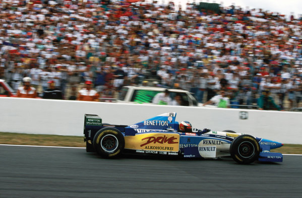 Magny-Cours, France. 30/6-2/7 1995. Michael Schumacher (Benetton B195 Renault), 1st position,  action.  World Copyright: LAT Photographic. Ref:  95 FRA 25.