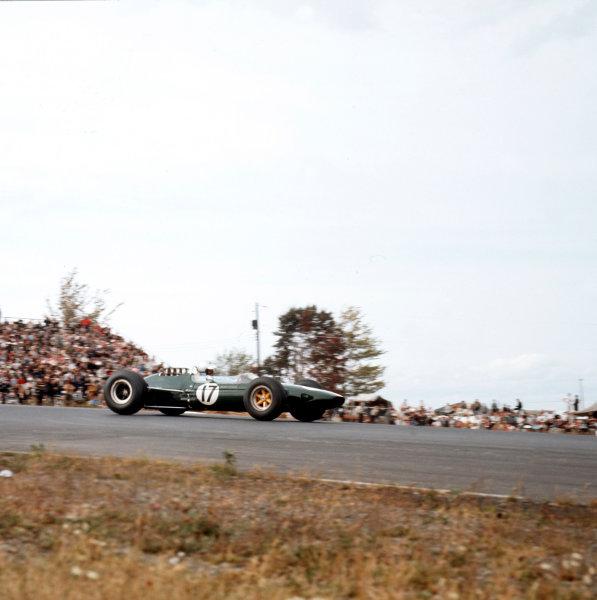 Watkins Glen, New York, USA.2-4 October 1964.Walter Hansgen (Lotus 33 Climax) 5th position.Ref-3/1419.World Copyright - LAT Photographic