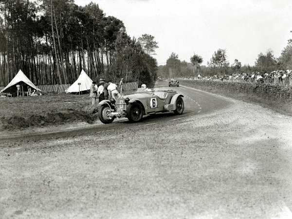 Le Mans, France. 16-17 June 1934.Earl Howe/Tim Rose-Richards (Alfa Romeo 8C).Ref-Motor 800/89.World Copyright - LAT Photographic