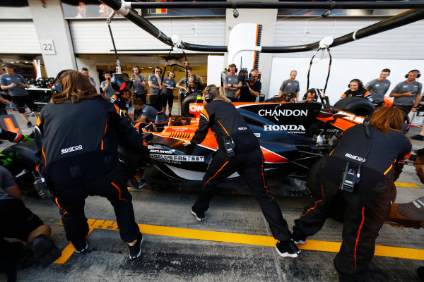 Red Bull Ring, Spielberg, Austria. Thursday 06 July 2017. The McLaren team organise an all-female pit stop. World Copyright: Steven Tee/LAT Images ref: Digital Image _O3I4921
