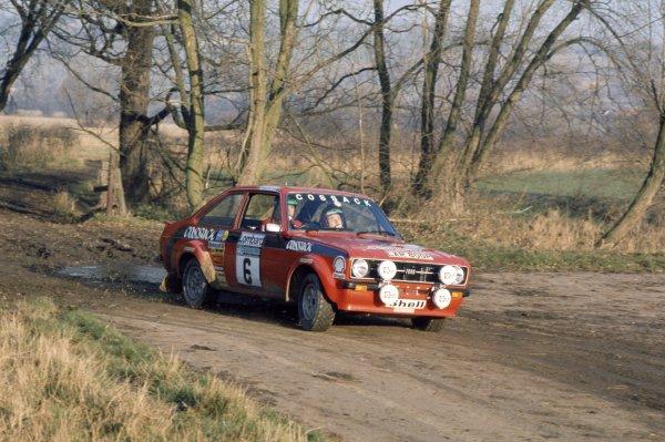 1975 World Rally Championship.Lombard RAC Rally, Great Britain. 22-26 November 1975.Roger Clark/Tony Mason (Ford Escort RS1800), 2nd position.World Copyright: LAT PhotographicRef: 35mm transparency 75RALLY17