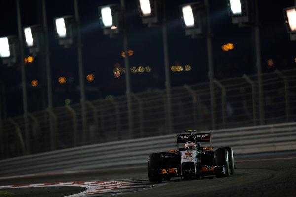 Yas Marina Circuit, Abu Dhabi, United Arab Emirates. Sunday 23 November 2014. Sergio Perez, Force India VJM07 Mercedes. World Copyright: Andrew Ferraro/LAT Photographic. ref: Digital Image _AND9521