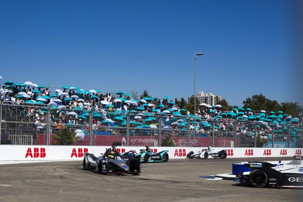 Oliver Rowland (GBR), Nissan e.Dams, Nissan IMO1 leads Robin Frijns (NLD), Envision Virgin Racing, Audi e-tron FE05, Mitch Evans (NZL), Panasonic Jaguar Racing, Jaguar I-Type 3 and Jose Maria Lopez (ARG), GEOX Dragon Racing, Penske EV-3