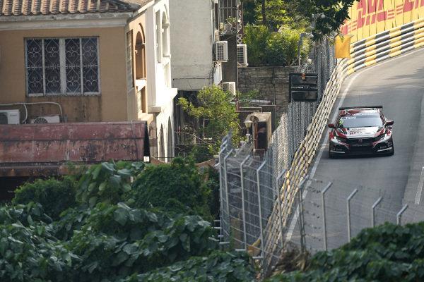 Attila Tassi, KCMG Honda Civic Type R TCR.