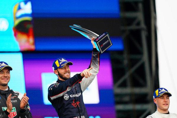 Andre Lotterer (DEU), Tag Heuer Porsche, celebrates on the podium with Sam Bird (GBR), Envision Virgin Racing, and Stoffel Vandoorne (BEL), Mercedes Benz EQ Formula, EQ Silver Arrow 01, on the podium