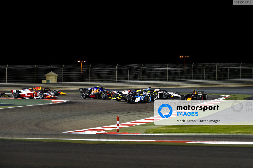 Lirim Zendeli (DEU, MP Motorsport), leads Juri Vips (EST, Hitech Grand Prix), as Dan Ticktum (GBR, Carlin)spins on the opening lap