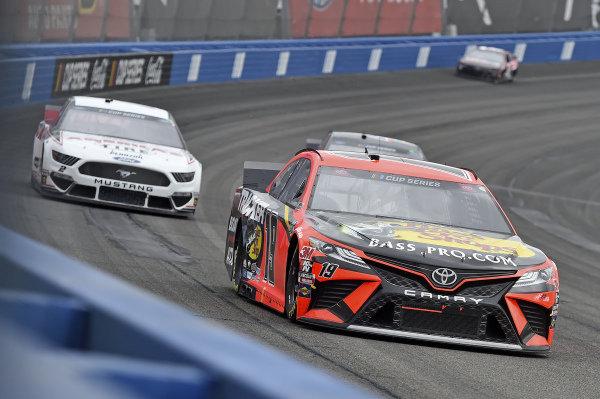#19: Martin Truex Jr., Joe Gibbs Racing, Toyota Camry Bass Pro Shops, #2: Brad Keselowski, Team Penske, Ford Mustang Discount Tire/Americas Tire