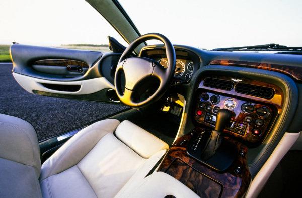 Aston Martin, DB7 Vantage Volante, 1999