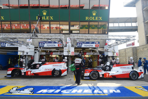 #8 Toyota Gazoo Racing Toyota TS050: Kazuki Nakajima, #7 Toyota Gazoo Racing Toyota TS050: Kamui Kobayashi