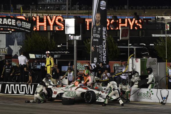 Colton Herta, Harding Steinbrenner Racing Honda pit stop
