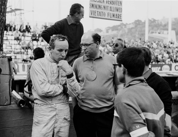 1964 Monaco Grand Prix.Monte Carlo, Monaco.7-10 May 1964.John Surtees (Ferrari).World Copyright - LAT Photographic