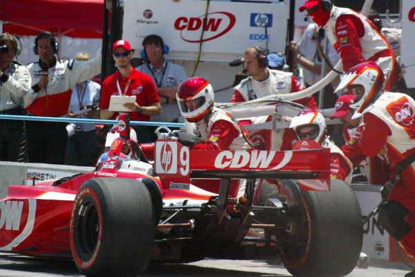 Justin Wilson (GBR) RuSPORT comes in for a pit stop Champ Car World Series, Rd3, Tecate Grand Prix, Fundidora Park, Monterrey, Mexico, 19-21 May 2006. DIGITAL IMAGE