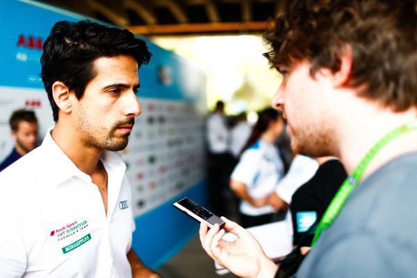 Lucas Di Grassi (BRA), Audi Sport ABT Schaeffler talks to the press