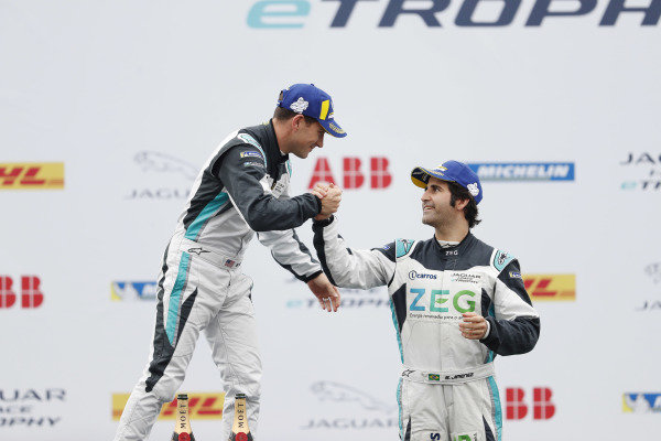 Sérgio Jimenez (BRA), Jaguar Brazil Racing, 3rd position, congratulates PRO class winnerBryan Sellers (USA), Rahal Letterman Lanigan Racing on the podium