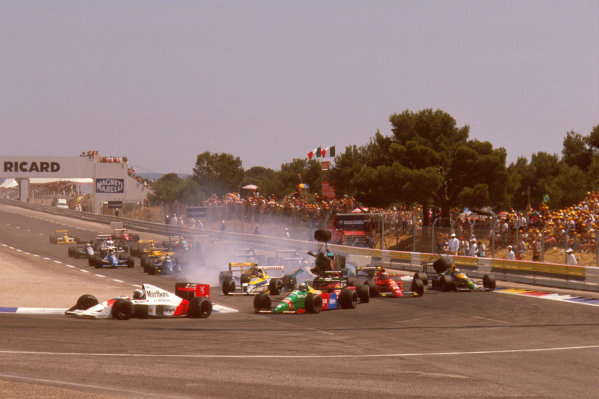 Paul Ricard, Le Castellet, France.7-9 July 1989.Mauricio Gugelmin (March CG891 Judd) has a huge crash on the start of the race at Epingle Ecole.Ref-89 FRA 06.World Copyright - LAT Photographic