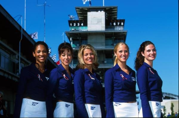 A welcome sight in the paddock. USA Grand Prix, Indianapolis, USA, 30 September 2001.