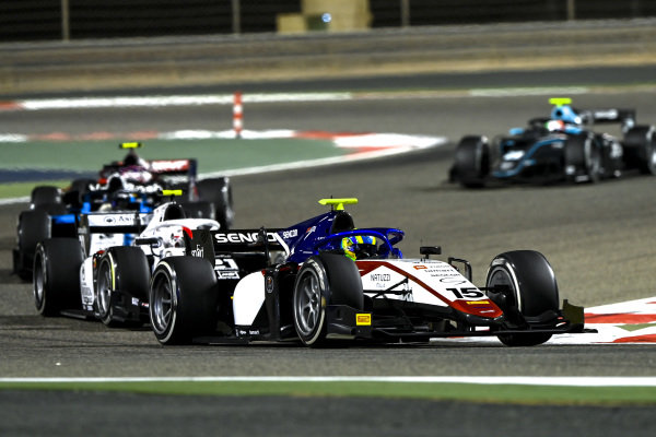 Guilherme Samaia (BRA, Charouz Racing System), leads Ralph Boschung (CHE, Campos Racing)