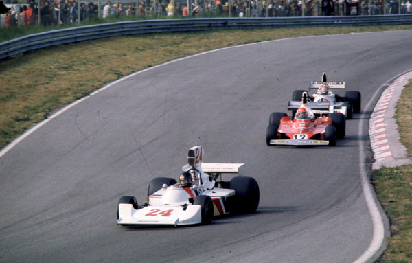 1975 Dutch Grand Prix. Zandvoort, Holland. 20-22 June 1975. James Hunt (Hesketh 308 Ford) leads Niki Lauda (Ferrari 312T). They finished in 1st and 2nd positions respectively. World Copyright - LAT Photographic. Ref: 75HOL23