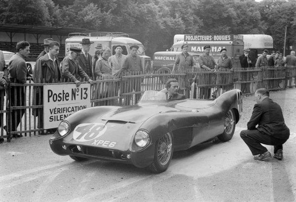 Colin Chapman / Ron Flockhart, Lotus Engineering, Lotus Mk 9 - Coventry Climax.