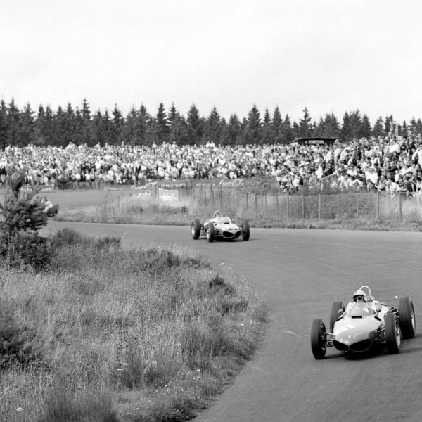 1961 German Grand Prix, Nurburgring, Germany.  Willy Mairesse leads Richie Ginther (both Ferrari 156).  Ref-9819.World - LAT Photographic