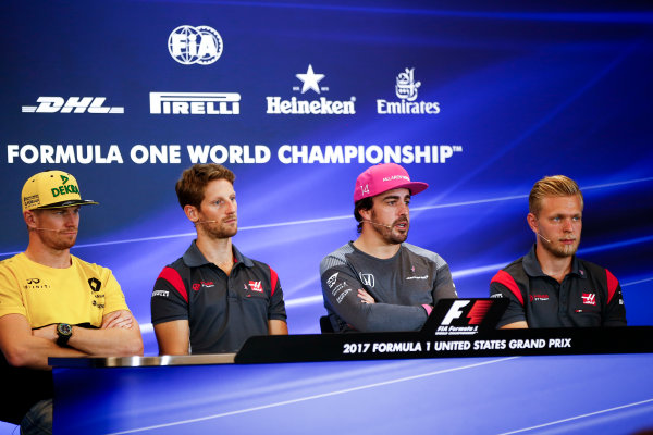 Circuit of the Americas, Austin, Texas, United States of America. Thursday 19 October 2017. Nico Hulkenberg, Renault, Romain Grosjean, Haas F1, Fernando Alonso, McLaren, and Kevin Magnussen, Haas F1, in the press conference. World Copyright: Andy Hone/LAT Images  ref: Digital Image _ONY9166