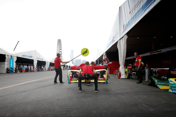 2016/2017 FIA Formula E Championship. Hong Kong ePrix, Hong Kong, China. Sunday 09 October 2016. The ABT Schaeffler Audi Sport team change a nose in the pits. Photo: Adam Warner/LAT/Formula E ref: Digital Image _L5R8169