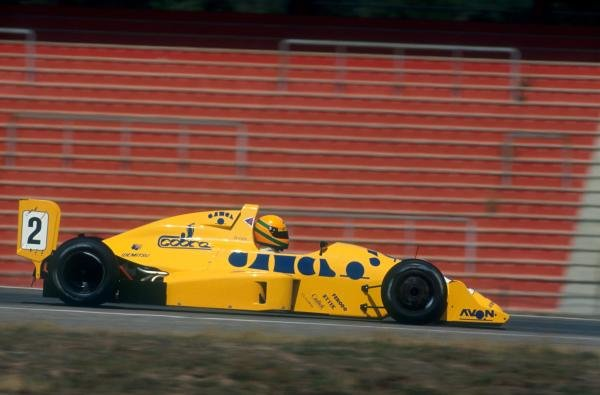 Race winner Eddie Irvine (GBR) EJR Reynard 90D-Mugen. 