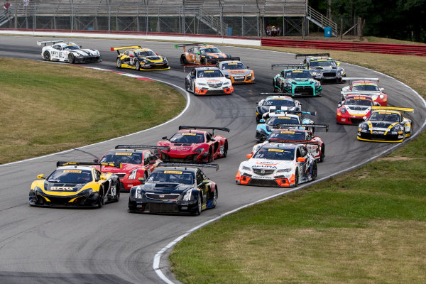 28-31 July, 2016, Lexington, Ohio USA Cars race through turn at the start. ?2016, Brian Cleary LAT Photo USA