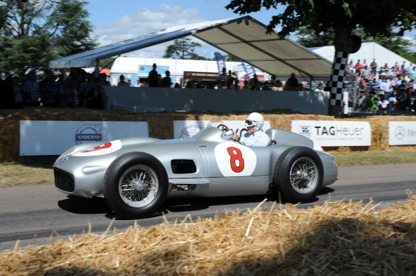 2014 Goodwood Festival of Speed Goodwood Estate, West Sussex, England 26th - 29th June 2014 Sir Stirling Moss, Mercedes W196.  World Copyright: Jeff Bloxham/LAT Photographic ref: Digital Image DSC_6864