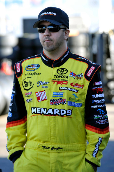 8-9 November, 2013, Avondale, Arizona USA Matt Crafton © 2013, Nigel Kinrade LAT Photo USA