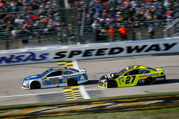 Monster Energy NASCAR Cup Series Hollywood Casino 400 Kansas Speedway, Kansas City, KS USA Sunday 22 October 2017 Dale Earnhardt Jr, Hendrick Motorsports, Nationwide Chevrolet SS and Paul Menard, Richard Childress Racing, Richmond/Menards Chevrolet SS World Copyright: Barry Cantrell LAT Images