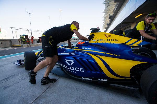 2016 GP3 Series Test 5. Yas Marina Circuit, Abu Dhabi, United Arab Emirates. Thursday 1 December 2016. Tarun Reddy (IND, DAMS)  Photo: Sam Bloxham/GP3 Series Media Service. ref: Digital Image _SLA1866