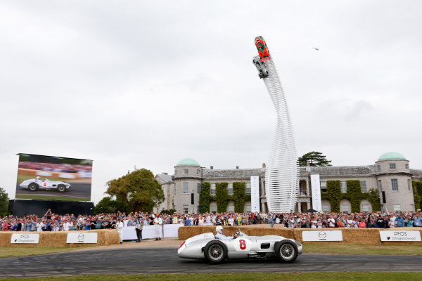 2015 Goodwood Festival of Speed Goodwood Estate, West Sussex, England. 25th - 28th June 2015. Stirling Moss. World Copyright: Alastair Staley/LAT Photographic ref: Digital Image_79P8045